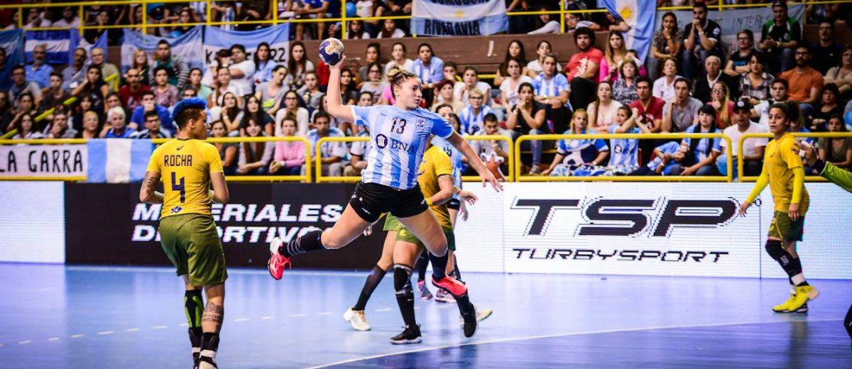 Giulana Gavilán y Camila Bonazzola al handball español